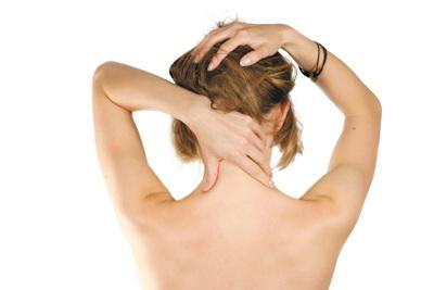 Миозит шеи и спины – заболевание околокостных мышц может возникнуть в результате обычной простуды, стресса, долгого нахождения в неудобной позе (существует даже миозит определенных профессий)